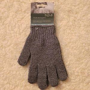 Urban Spa exfoliate and polish Gloves